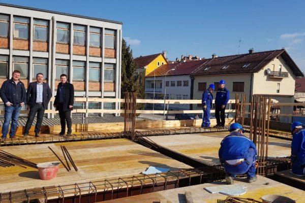 Poduzetnički inkubator krenuo u visine: gradonačelnik Janči i predsjednik Gradskog vijeća Lacković obišli radove